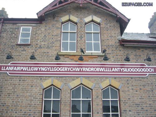 Name:  Llanfairpwllgwyngyllgogerychwyrndrobwllllanty siliogogogoch.jpg Views: 3431 Size:  85.4 KB