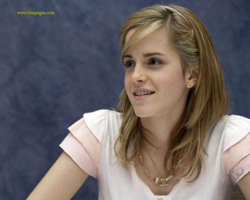 Name:  Emma_Watson_68.jpg Views: 1244 Size:  138.3 KB