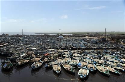 Name:  Pakistan, India prepare for Cyclone Phet.jpg Views: 116 Size:  21.8 KB