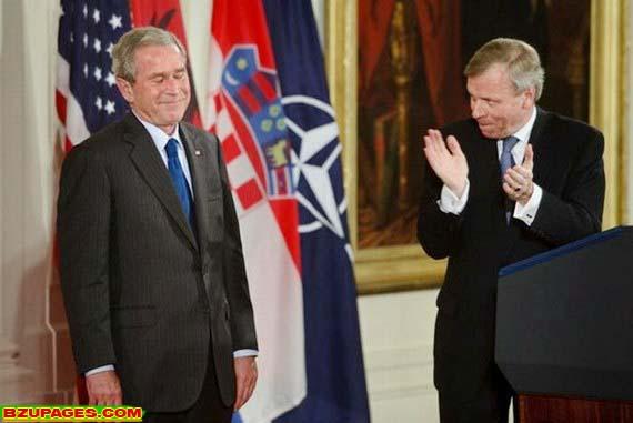 Name:  Bright moments of George W. Bush (4).jpg Views: 275 Size:  44.2 KB