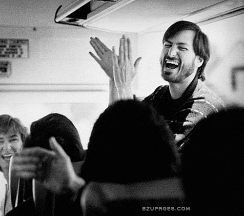 Name:  Steve-Jobs-laughing.jpg Views: 1006 Size:  51.0 KB