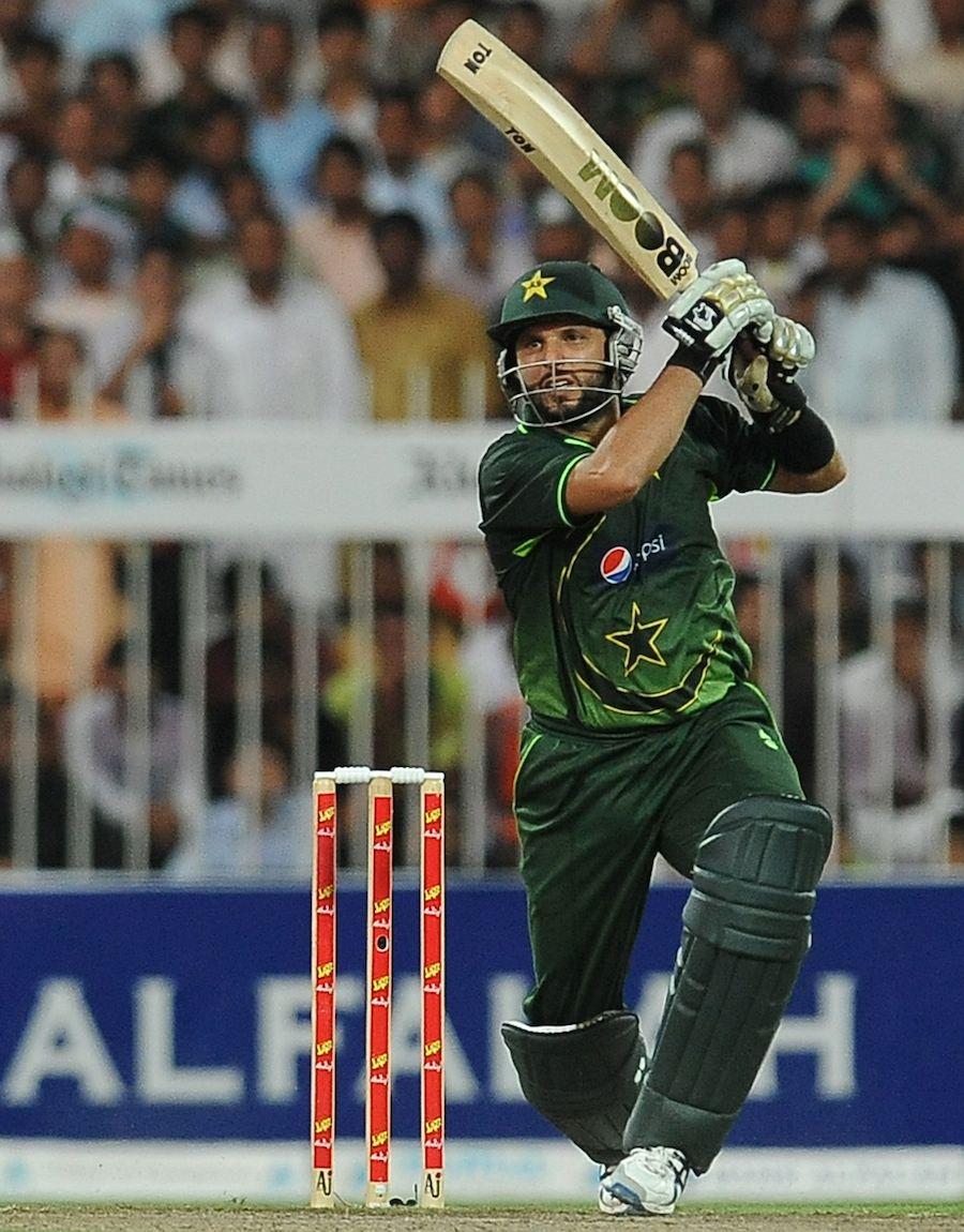 Pakistan beat Srilanka in 4th ODI match to win ODI Series by , 3-1-shahid-afridi-scored-75-took-five-wickets-pakistan-won-odi-series-against-sri-lanka.jpg