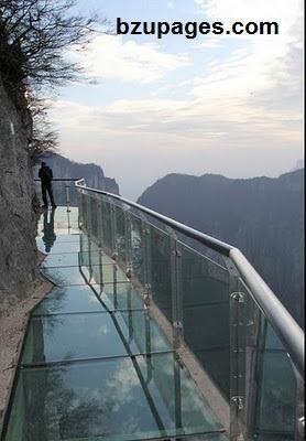 Name:  Glass Trail On the mountain Tyanmen in Hunan China 4.jpg Views: 6232 Size:  42.6 KB