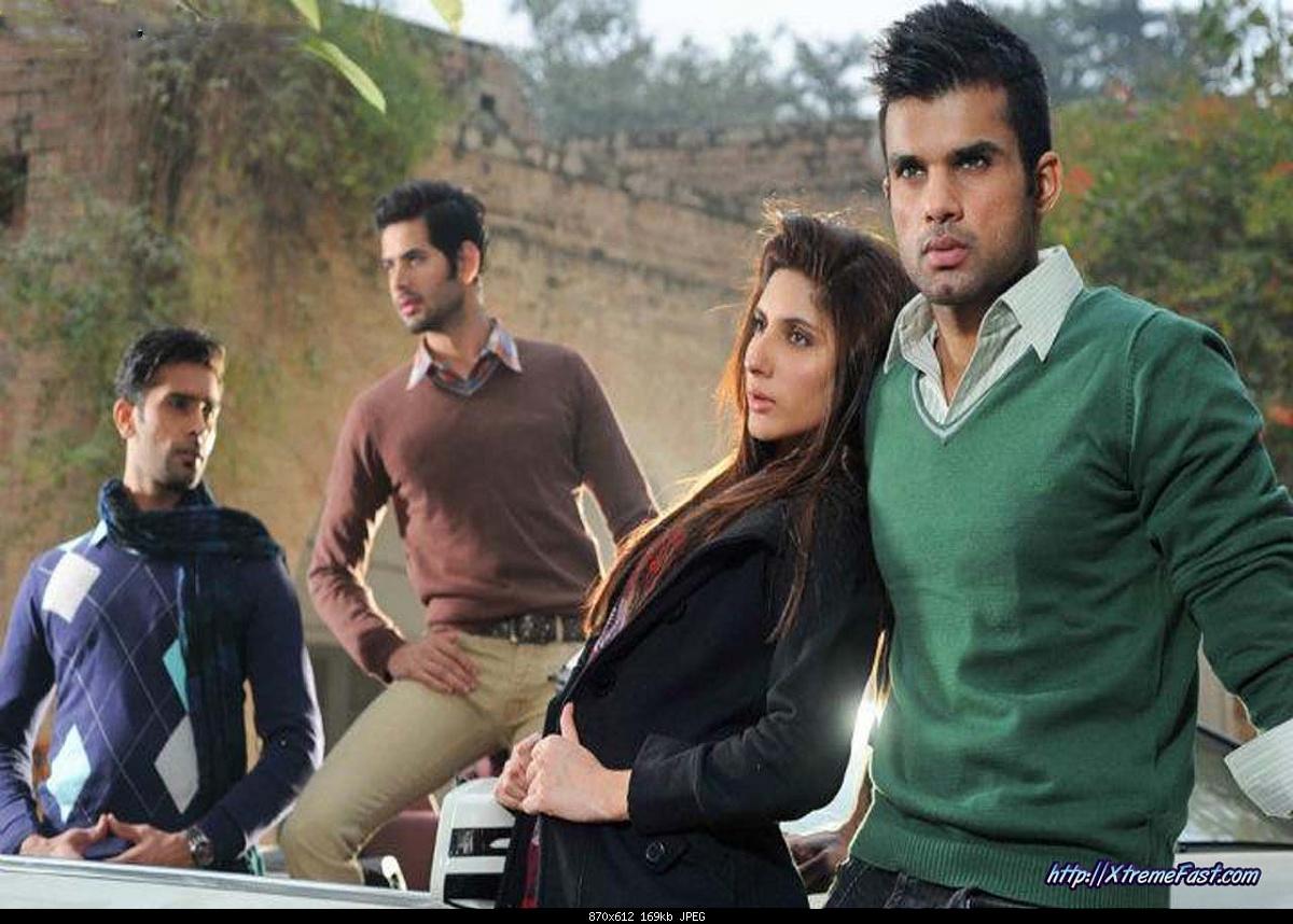 Winter Season in Pakistan-boy-girls-wearing-brings-sweaters-jackets-2-.jpg