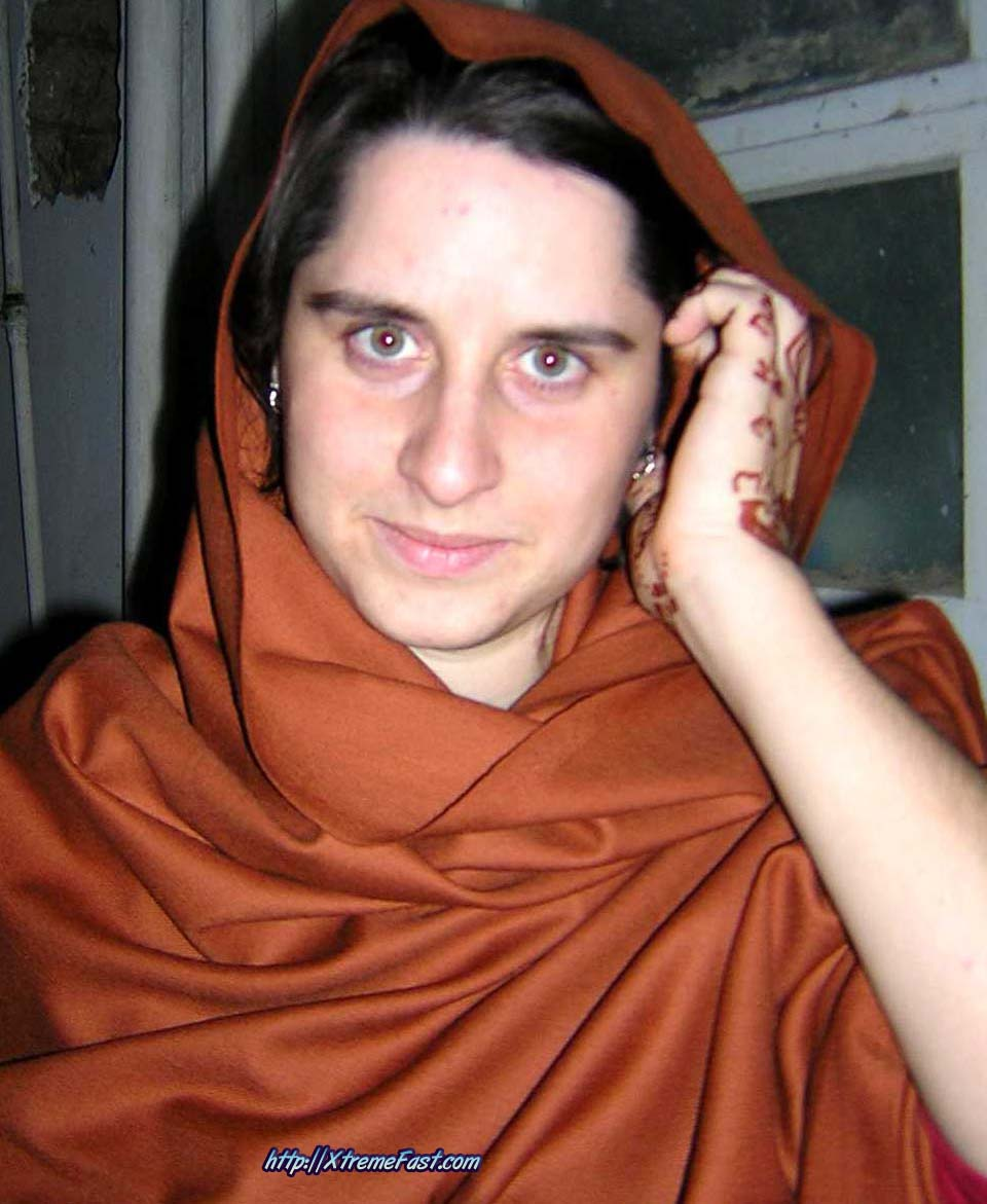 Winter Season in Pakistan-pakhton-khan-woman.jpg