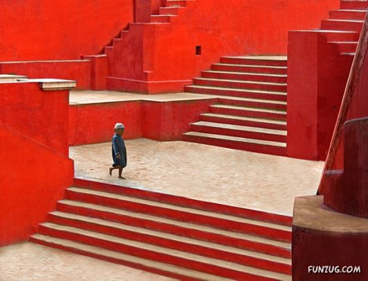 Name:  %20stunning_stairs_02.jpg Views: 230 Size:  38.0 KB