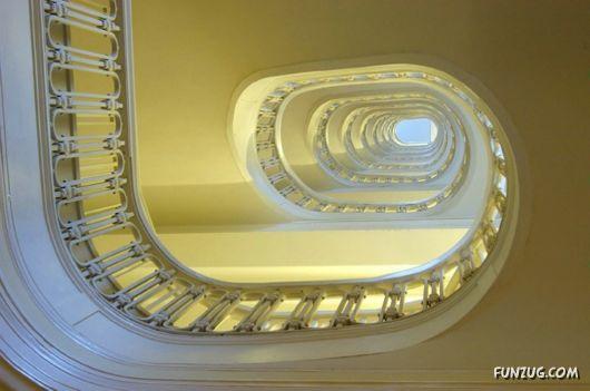 Name:  %20stunning_stairs_14.jpg Views: 235 Size:  27.7 KB
